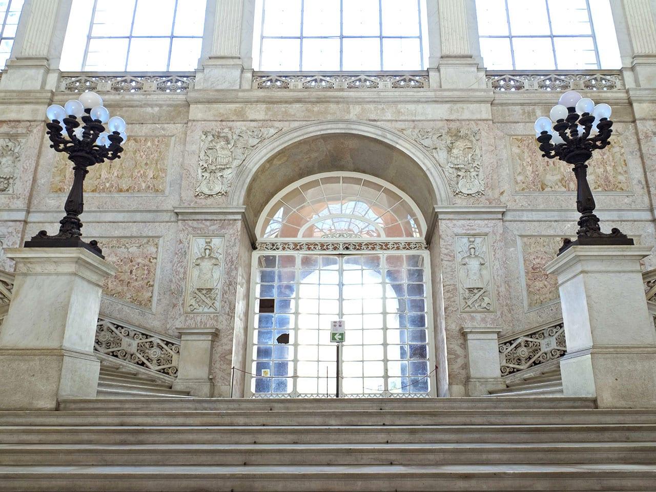 intérieur du palais royal de Naples
