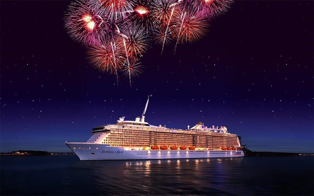 En leader du divertissement et de la fête, le géant Royal Caribbean vous emmène passer les fêtes en mer avec des lives de concert, des feux d'artifice et des boissons à volonté