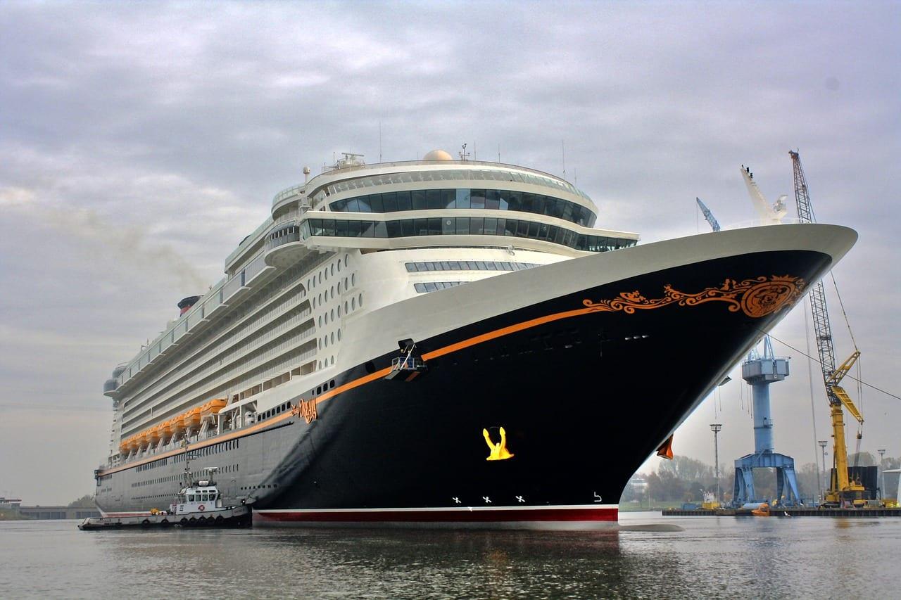 Le Disney Dream, deuxième navire de la compagnie est parmi les plus gros bateaux de croisière au monde mais figure aussi dans le classement des meilleurs bateaux de la décennie
