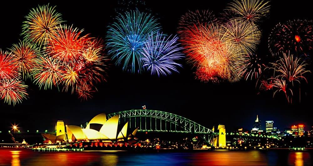 Holland line america joue à son tour les festivités en proposant des spectacles de feux d'artifice à couper le souffle